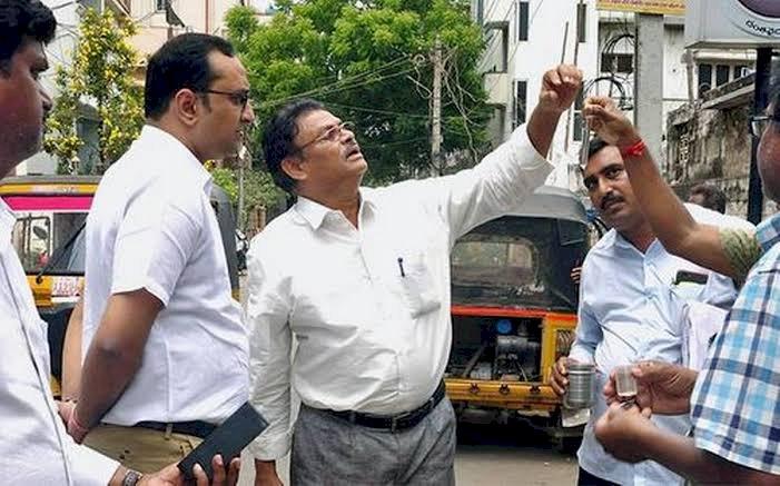 All about an IAS  Officer - sri srikesh B Lathkar