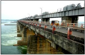 Contrast Between Dam and Barrage