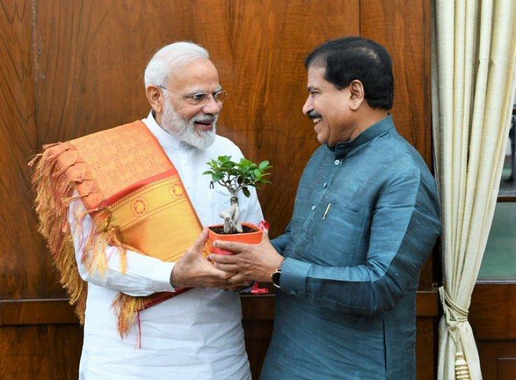 PM condoles the demise of Shri Suresh Angadi