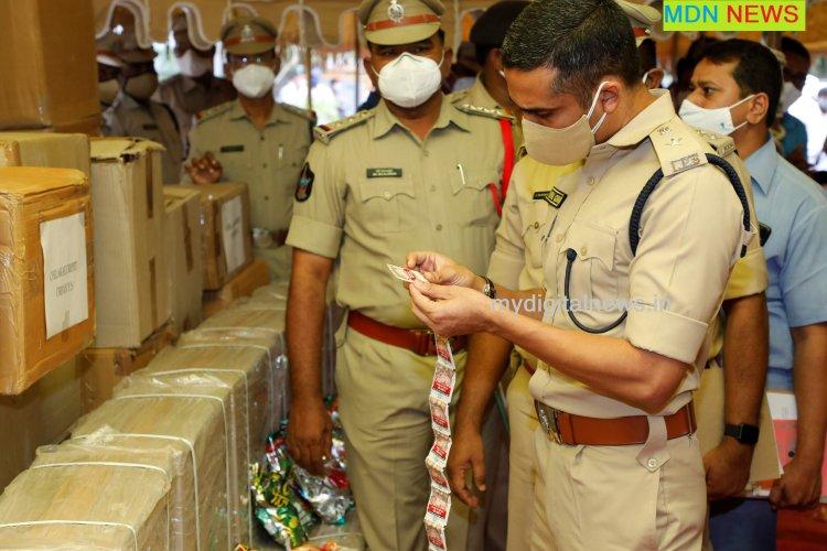 Seized: gutka - illicit tobacco costs Rs 1 crore : Vishal Gunni IPS : GNT Police