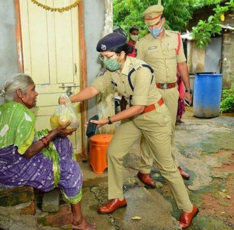 Police - Crime fighter or Social Worker ?