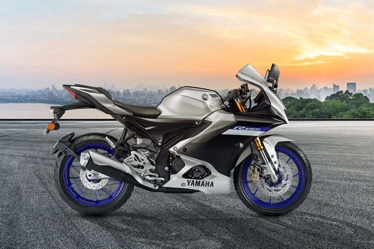Everything you ever need to know about Yamaha R15 V4 Price -R15 V4 Specifications -Yamaha Variants-R15 V4 Features- Competitors